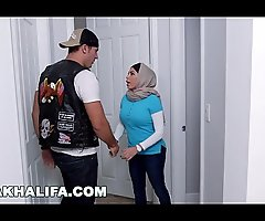 MIA KHALIFA - Get done rub elbows with Video That Took MK's Career To A New Level, Featuring Julianna Vega &_ Sean Lawless