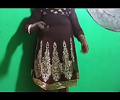 desi  indian tamil telugu kannada malayalam hindi horny vanitha showing big boobs with the addition of shaved pussy  press fast boobs press nip rubbing pussy masturbation utilizing a instrument cucumber